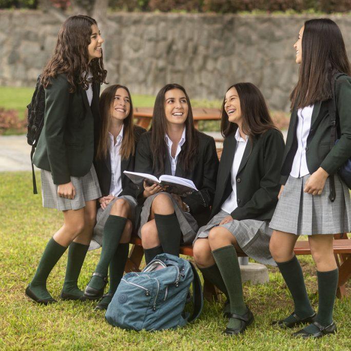 Foto-seccion-pq-estudiar-aqui-programa-de-diploma-IB