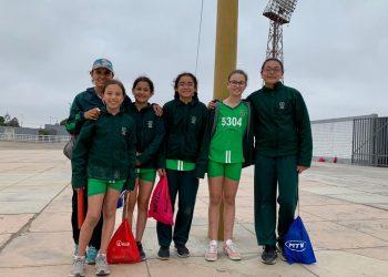 Campeonas Atletismo ADECORE en Colegio Privado Villa Caritas